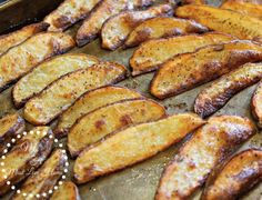 oven roasted garlic potato wedges #potato #ovenroasted #garlic