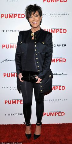 Kris Jenner Photos - Melissa McCarthy and Eric Buterbaugh Host Brian Atwood's Celebration of PUMPED - Zimbio Kris Jenner Kids, Kris Jenner Style, Jenner Girls, Kris Jenner Birthday, Short Hairstyles For Women, Cool Hairstyles, Short Hair Cuts, Short Hair Styles, Jenner Photos