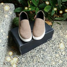 ✨Sale!✨HPKenneth Cole slip on sneakers Never worn.  Cute & casual. Suede upper/manmade sole.  They're too small for me, but they're very comfy!  They have a padded insole for added comfort.  Comes with box. Kenneth Cole Shoes Sneakers