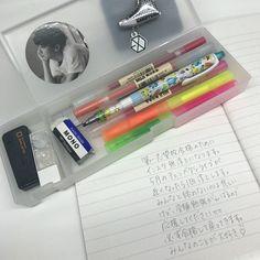 🍦⋅𝚔𝚎𝚖𝚑𝚑𝚠 シ School Stationery, Cute Stationery, Stationery Shop, School Motivation, Study Motivation, School Suplies, Study Journal, Pretty Notes, Cute School Supplies