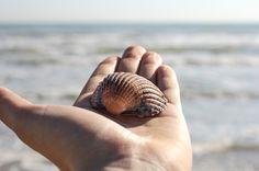 Prendi la mia mano e vieni via con me... #exploring #seemycity #senigallia #sea