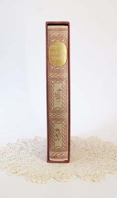 Hard Times by Charles Dickens, Vintage 1966 Printing, New York Heritage Press