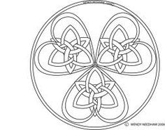 Triple Celtic knot Heart by ~Dinayarose on deviantART dinayarose.deviantart.com