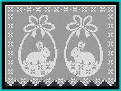 Cortinas com motivos de coelhinhos e ovos de Páscoa