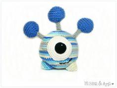 Crochet Alien  Amigurumi Juguete - HECHO A PEDIDO