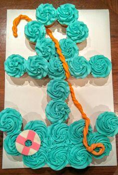 Beach Cupcakes pertaining to Pull Apart Cupcake Cake Designs - Cake Design Ideas Cupcake Torte, Cupcake Cake Designs, Cupcake Cookies, Cupcake Ideas, Dessert Ideas, Beach Cupcakes, Fun Cupcakes, Birthday Cupcakes, Ladybug Cupcakes