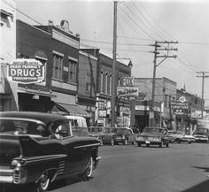Wagons in vintage Street scenes - Page 1338 - Station Wagon Forums - West Jefferson, Delray neighborhood, Detroit, MI 1940s, Detroit Neighborhoods, West Jefferson, Detroit History, Detroit Michigan, Historical Photos, Wonderful Places, Old Photos, The Neighbourhood