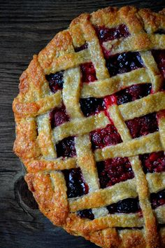Homemade Summer Sangria Pie with summer berries, peaches, apricots and nectarines ~ from Bakeaholic Mama