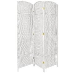Create a cozy nook for a table and chairs in your dwelling by choosing this Oriental Furniture White Diamond Weave Room Divider. Floor Screen, Partition Screen, Divider Screen, Tall Cabinet Storage, Locker Storage, Wooden Partitions, 4 Panel Room Divider, Folding Room Dividers, Decorative Screens