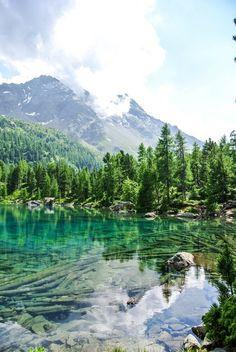 Ich stelle euch einige der schönsten Schweizer Seen auf meinem Reiseblog vor. Die besten Tipps für eine Auszeit und zum Baden an Schweizer Bergseen. Sri Prem Baba, Places In Switzerland, Alpine Adventure, Seen, Secret Places, Africa Travel, Travel Goals, Travel Usa, Travel Inspiration