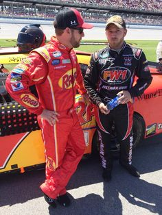 Regan Smith with Jeffrey Earnhardt before Nationwide race at Talladega