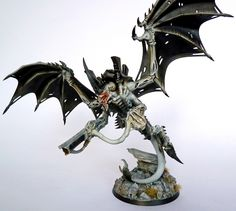 Showcase: Tyranid Hive Tyrant - Tale of Painters