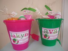 Beach bash birthday favors for a pink and green party | Custom by Nico and Lala