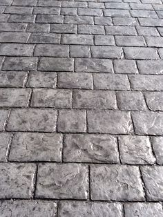 cobblestone stamped concrete pad and walkway? Stamped Concrete Patterns, Stamped Concrete Driveway, Concrete Porch, Concrete Driveways, Concrete Floors, Decorative Concrete, Walkways, Diy Stamped Concrete, Concrete Stamping