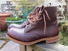Burgundy Zug grain 78 boot with leather sole