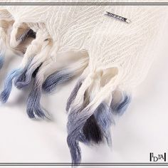 "DIESEL sazar. Echarpe 100% laine avec finitions ""dip dye"" / 100% wool scarf with ""dip dye"" finitions. 1d1fa"