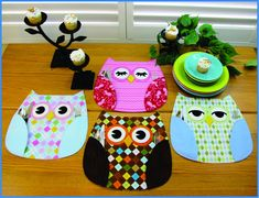 Make your meals happy at home with some really sweet Owl Place Mats! Cute sewing pattern to make Owl Place Mats with wing pockets to hold silverware or treats, and three different eye styles that you can mix or match for even more fun! So quick...
