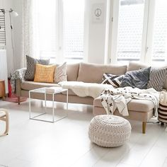Our living room at this moment. Ofcourse very white and bright. Loving the nordic influences.