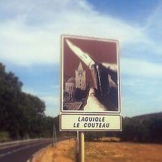 En Laguiole.es puede encontrat cuchillos fabricados a mano originalmente en el pueblo de Laguiole. Visitenos en http://laguiole.es/laguiole/laguiole-en-aubrac.html la casa de Laguiole en España