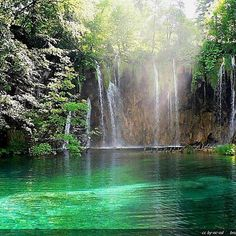 Explore Croatia holidays and discover the best time and places to visit. Croatia Images, Plitvice Lakes National Park, Destinations, Thousand Islands, Natural Park, Croatia Travel, Jolie Photo, Turquoise Water, Beautiful Places In The World