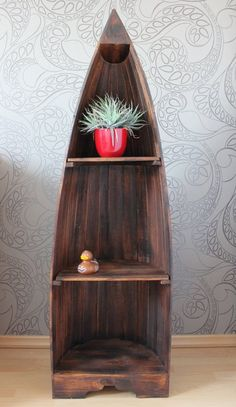 Maritimes Holzregal fürs Bad in der Form eines Bootes/ wooden shelf for your bathroom in the form of a boat made by Naturesco via DaWanda.com