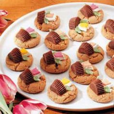 Spring cookies- flower baskets