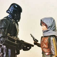 Death Trooper & Jyn  #darthvader #blackseries #stormtrooper #jedi #sith  #lego #starwarsfan #yoda #art #r2d2 #hansolo #bobafett #lukeskywalker #geek #forcefriday #cosplay #darkside #chewbacca #starwarday #lightsaber #toys #theforce #instagood #kyloren #thelastjedi #c3po #clonetrooper #Clone