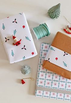Wrap it Up With 18 Free Printable Gift Wraps via Brit Co Diy Christmas Wrapping Paper, Diy Christmas Gifts, Christmas Games, Free Christmas Printables, Free Printables, Printable Wrapping Paper, Wrapping Papers, Wraps, Present Wrapping