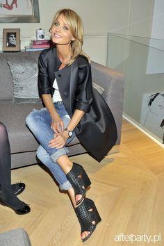 aneta kręglicka - Szukaj w Google White Outfits, Cool Outfits, Casual Outfits, Amazing Outfits, Joanna Krupa, Minimal Fashion, Minimal Style, Celebs, Celebrities
