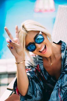Mirrored Sunglasses, Sunglasses Women, Hair Makeup, Celebrities, Beauty, Style, Band, Girls, Summer
