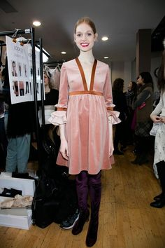 View all the photos from backstage at the Roksanda Ilincic autumn (fall) / winter 2016 showing at London fashion week. Read the article to see the full gallery.