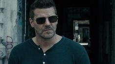 David Boreanaz, Recent News, Season 3, Seal, Mens Sunglasses, Shit Happens, Twitter, Hearts, Man Sunglasses