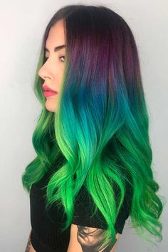 Want to try ombre hair, but not sure what look? We have put together a list of the hottest ombre looks for you to try! Why not go for a new exciting look?