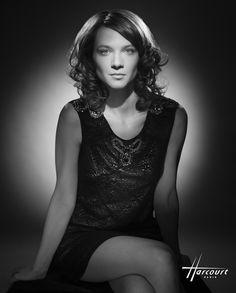 Odile Vuillemin by Studio Harcourt Paris - Portrait Studio, Photo Portrait, Female Portrait, Female Poses, Fashion Photography Poses, White Photography, Portrait Photography, Photography Tips, Fashion Poses