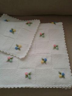 Bebek battaniyesi ve kırlenti el emeğim [] # # # # # Crochet Table Runner Pattern, Crochet Blanket Patterns, Baby Knitting Patterns, Baby Blanket Crochet, Baby Patterns, Baby Booties Free Pattern, Crochet Baby Booties, Intarsia Knitting, Manta Crochet