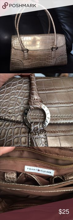 Tommy Hilfiger shoulder purse It's. Bronze/copper metallic crocodile print purse. Super cute. No signs of wear. Priced to sell Tommy Hilfiger Bags Shoulder Bags