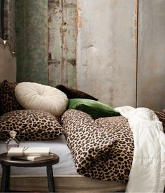 Animal print bed covers from H&M home. #hm #hmhome