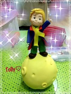 #caketopper #actionfigure by #tollykawaiiaccessories #taranto  #piccoloprincipe #cake #figurine #handmade #torta #fiabe #compleanno #bimba #statuetta by #tollykawaiiaccessories
