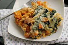 {Vegetarian} Bacon and Butternut Pasta with Caramelized Onions and Kale by eatswellwithothers #Pasta #Butternut_Squash