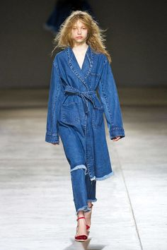 Marques Almeida Fall 2014 Ready-to-Wear Runway - Marques Almeida Ready-to-Wear Collection