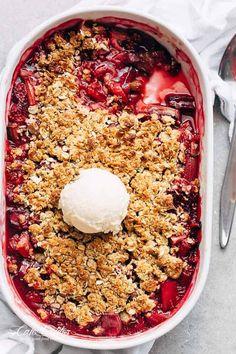 Strawberry Rhubarb Crisp cafedelites-1