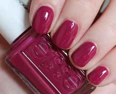 Gel Nails, Nail Polish, Nail Colors, Colours, Elegant Nails, Lipsticks, Essie, Raspberry, Iphone