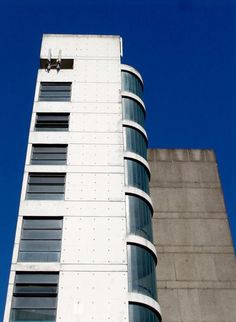 Centre Heights|Swiss Cottage_D. Stephen & Panos Koulermos (1961).