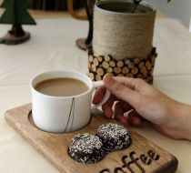 Ahşap kahve ve çay servisi. Cafe restoran ofis. Erkeğe hediy