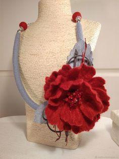 """Купить Колье """"Утро в Лондоне"""" - подарок, серый, коралл, украшение на шею, ярко-красный"""