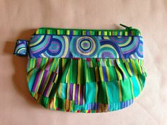 Lined Pleated Pouch- so cute!  I'm going to make a few of these!