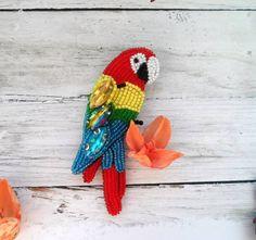 Продолжение тропической коллекции - брошь попугай  ✔ на заказ - 1000 руб.  доставка по всему миру #handmade_ru_jewellry #great_hm_ac #handmade_prostor #татаринамарина #брошьручнойработы #вышивкабисером