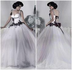 Cheap Gothic Wedding Dresses
