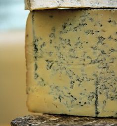 RECIPE: How To Make Blue Cheese https://www.chelseagreen.com/blogs/blue-cheese-recipe/