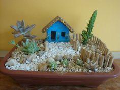 Meu Jardim é Assim...: Minijardins de cactos e suculentas, sempre tem mais.